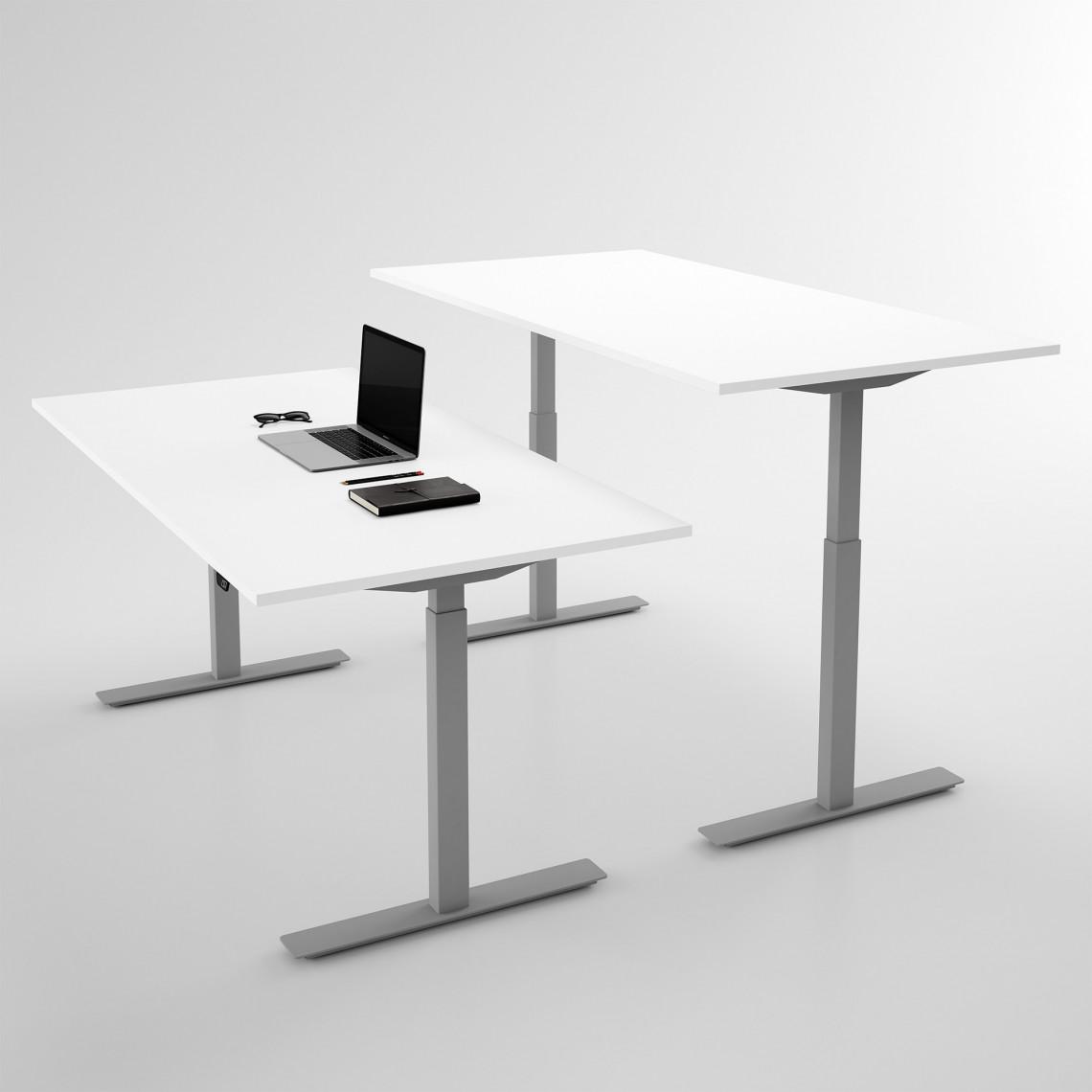 Höj och sänkbart skrivbord, silverstativ och vit skiva - Standard