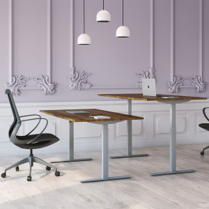 Höj och sänkbart skrivbord, silver stativ och valnöt skiva - Standard