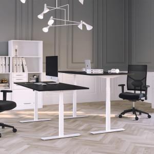 Höj och sänkbart skrivbord, vitt stativ och svart skiva - Premium