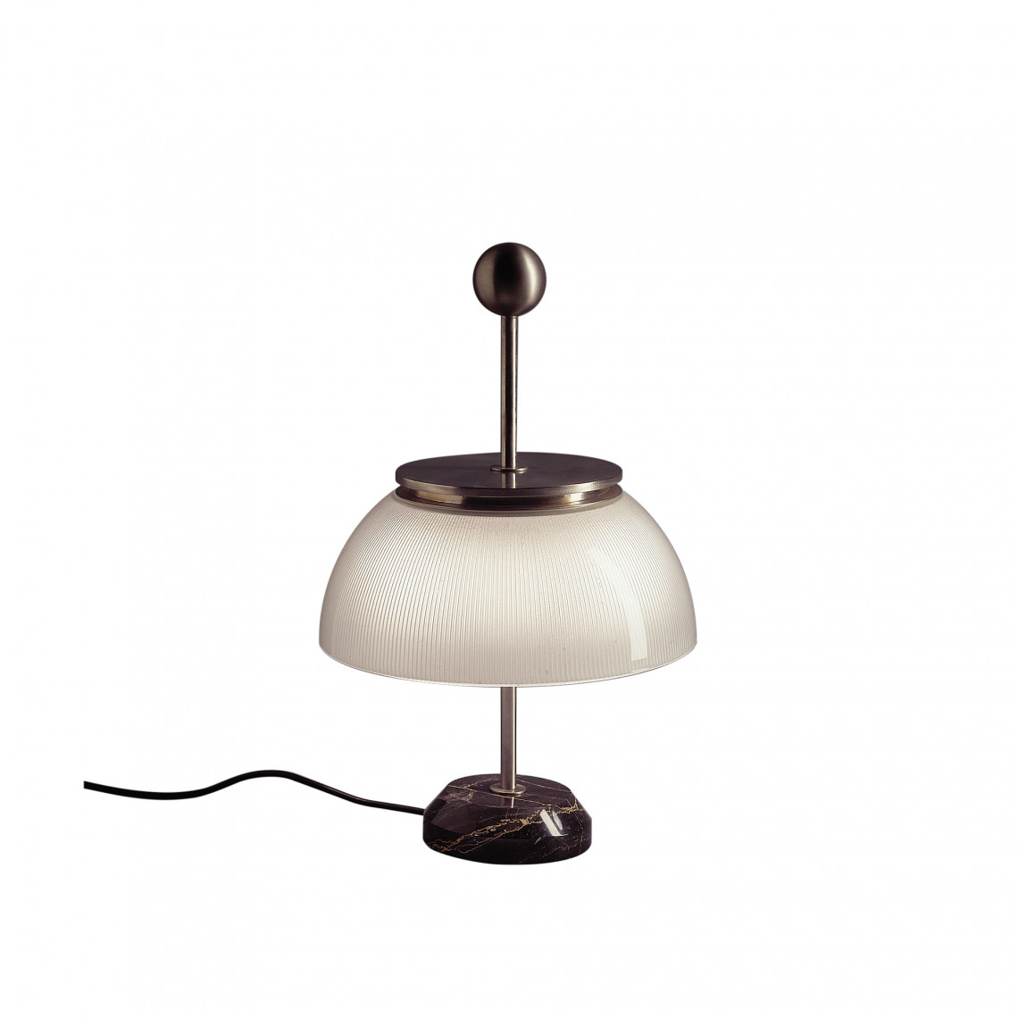 Alfa Bordslampa