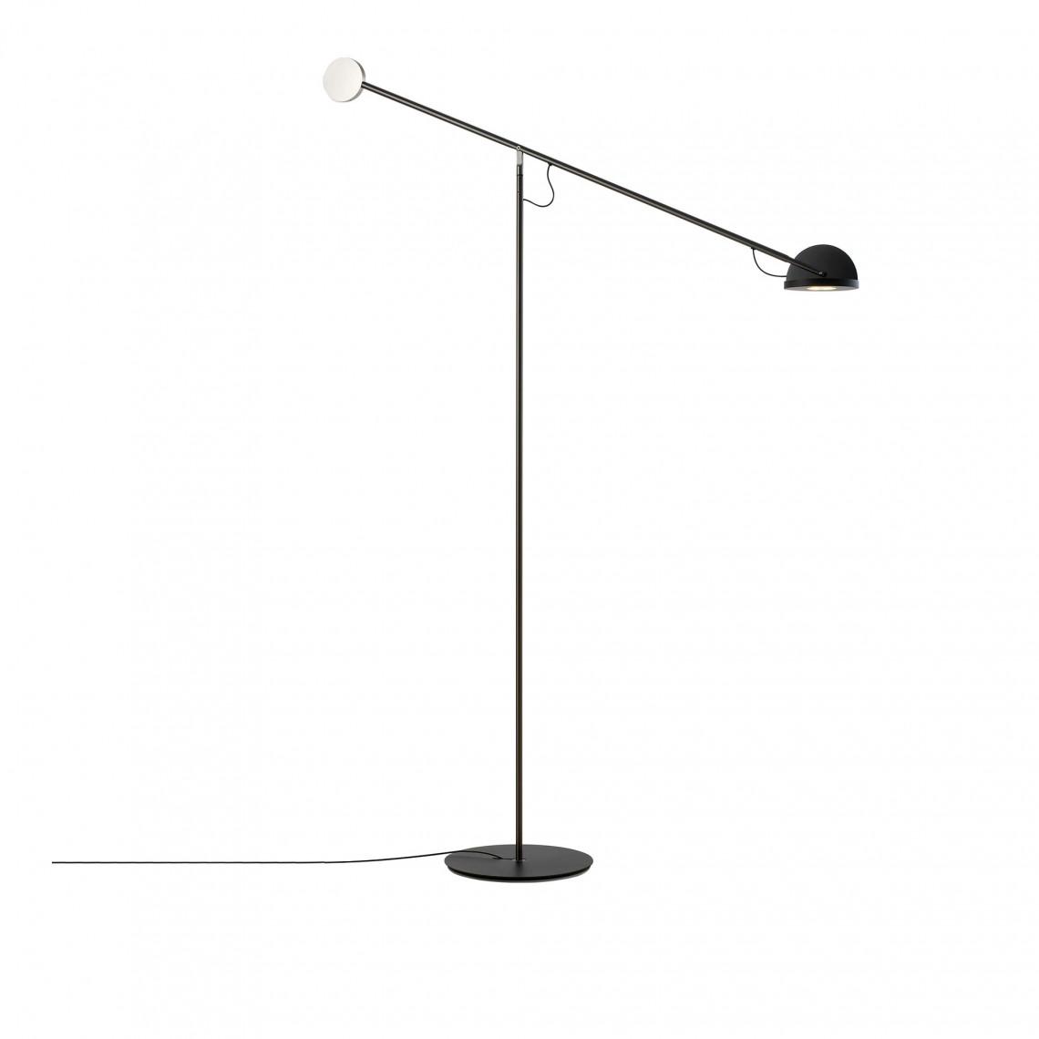 Copernica P - Floor Lamp Matte Chrome/Black