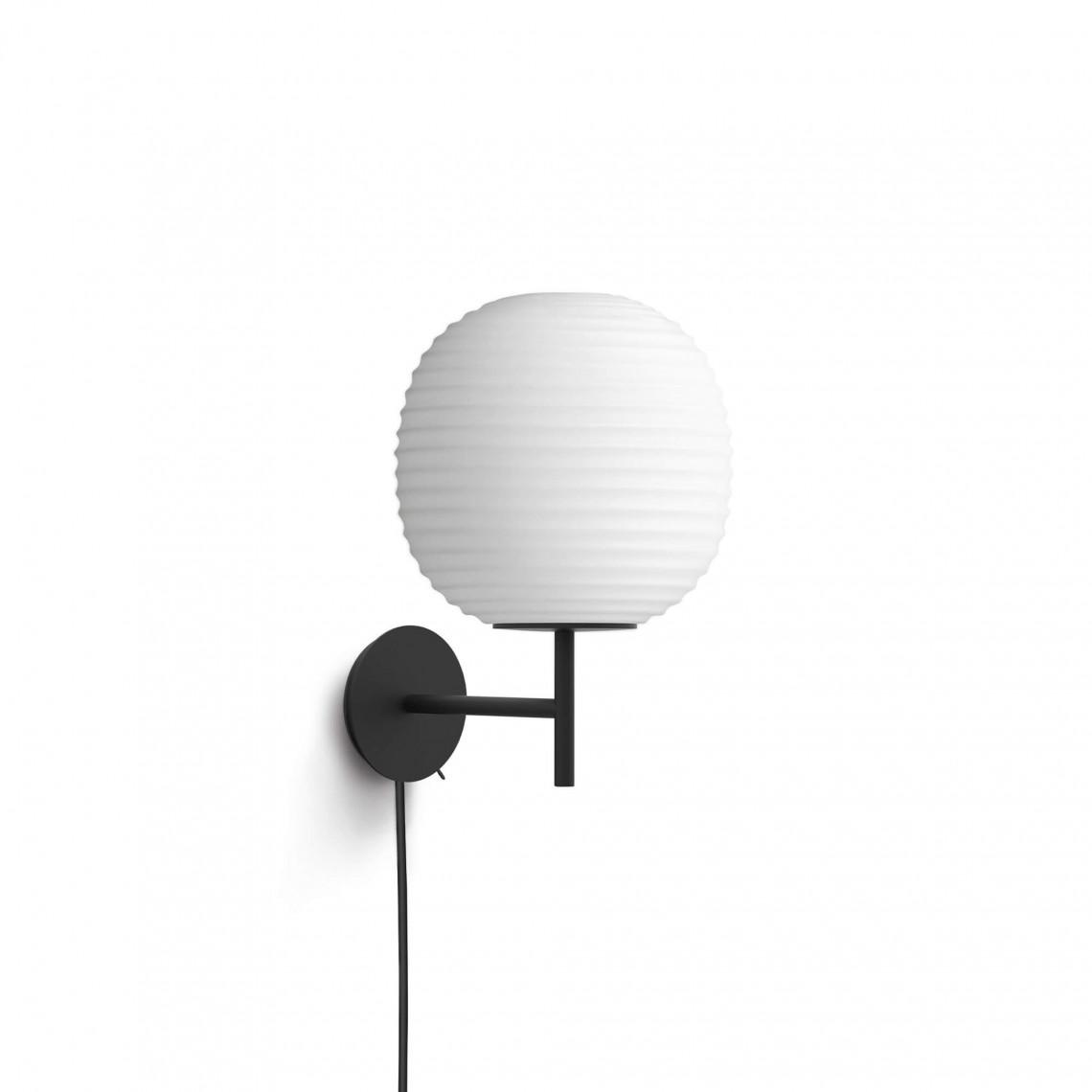 Lantern - vägglampa