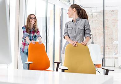 Att ställa in en kontorsstol korrekt - steg för steg